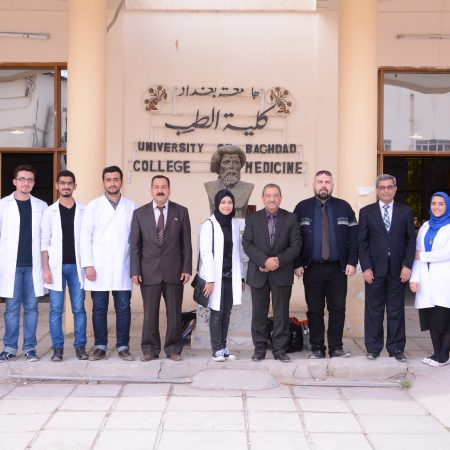 فريق وحدة التعليم الطبي لاعداد المشاريع البحثية الطلابية1